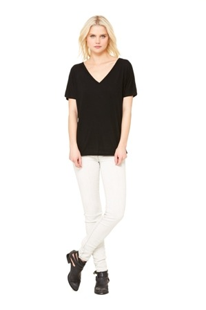 BELLA SLOUCHY V-NECK TEE
